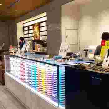 ミシュラン2つ星のレストランシェフが手掛ける、ベルギーチョコレートの専門店「BbyB.(ビーバイビー)」。