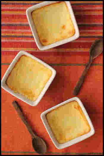 お子さんが喜ぶレシピ♪  [材料] ヨーグルト・・・1パック さとう・・・大さじ4 卵・・・1/2個 小麦粉・・・大さじ1/2 レモン汁・・・小さじ1 バター・・・20g