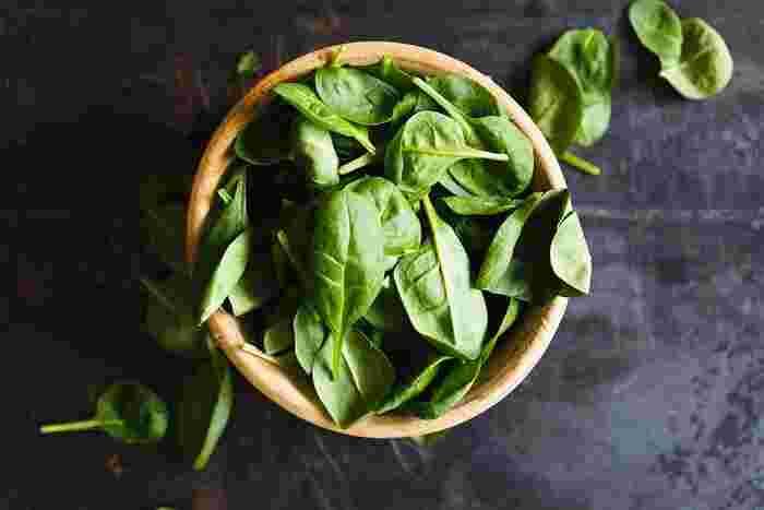 冬の印象が強いほうれん草ですが、サラダほうれん草は春から初夏がとっても美味しい季節。